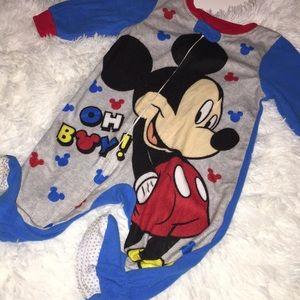 🔥4/$15🔥 adorable baby fleece sleeper 9m Disney